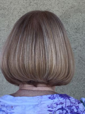 Haircut / blow dry by Jahn Hoover at Zeta Hair & Day Spa in Green Valley, AZ 85614 on Frizo