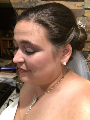 Bridal makeup by Sam Smith at SamSmithStyle in Colorado Springs, CO 80911 on Frizo