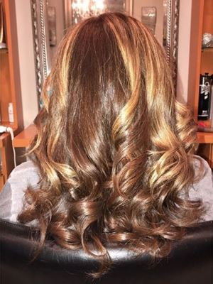 Haircut / blow dry by Alex Lopopolo at Opulence Salon in Bayport, NY 11705 on Frizo