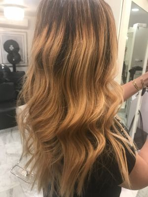 Extensions by Dana Corbin-Pacheco at Chaz Upscale Salon in New York, NY 10030 on Frizo