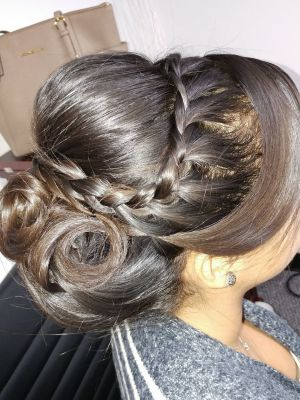 Updo by Kelly Melendres at Arlis Beauty Salon in Miami, FL 33155 on Frizo