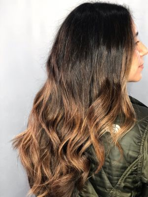 Blow dry by Yvonne Jenney in Freeport, NY 11520 on Frizo